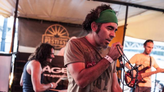 Random Trip feat. Nina /FR/ (Ilham Project), Mc Guacho /URU/ (Anselmo Crew, Rojo Vivo), Saiid (Akkezdet Phiai)