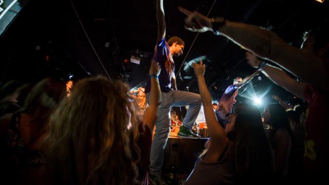Mary Popkids lemezbemutató koncert, Halott pénz