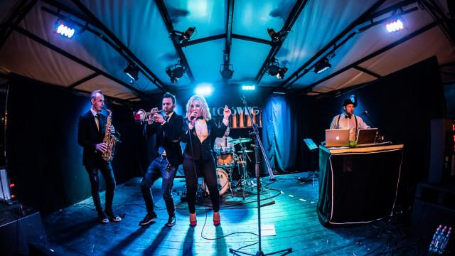 Stereo Swing feat Szűcs Gabi lemezbemutató koncert, La Rochelle Band (AT)
