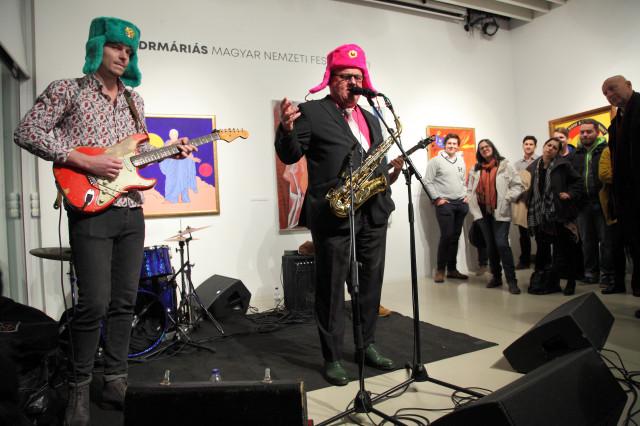 drMáriás exhibition opening