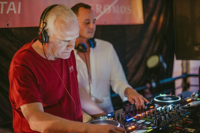 Sunday Session - DJ Palotai & Yeromos